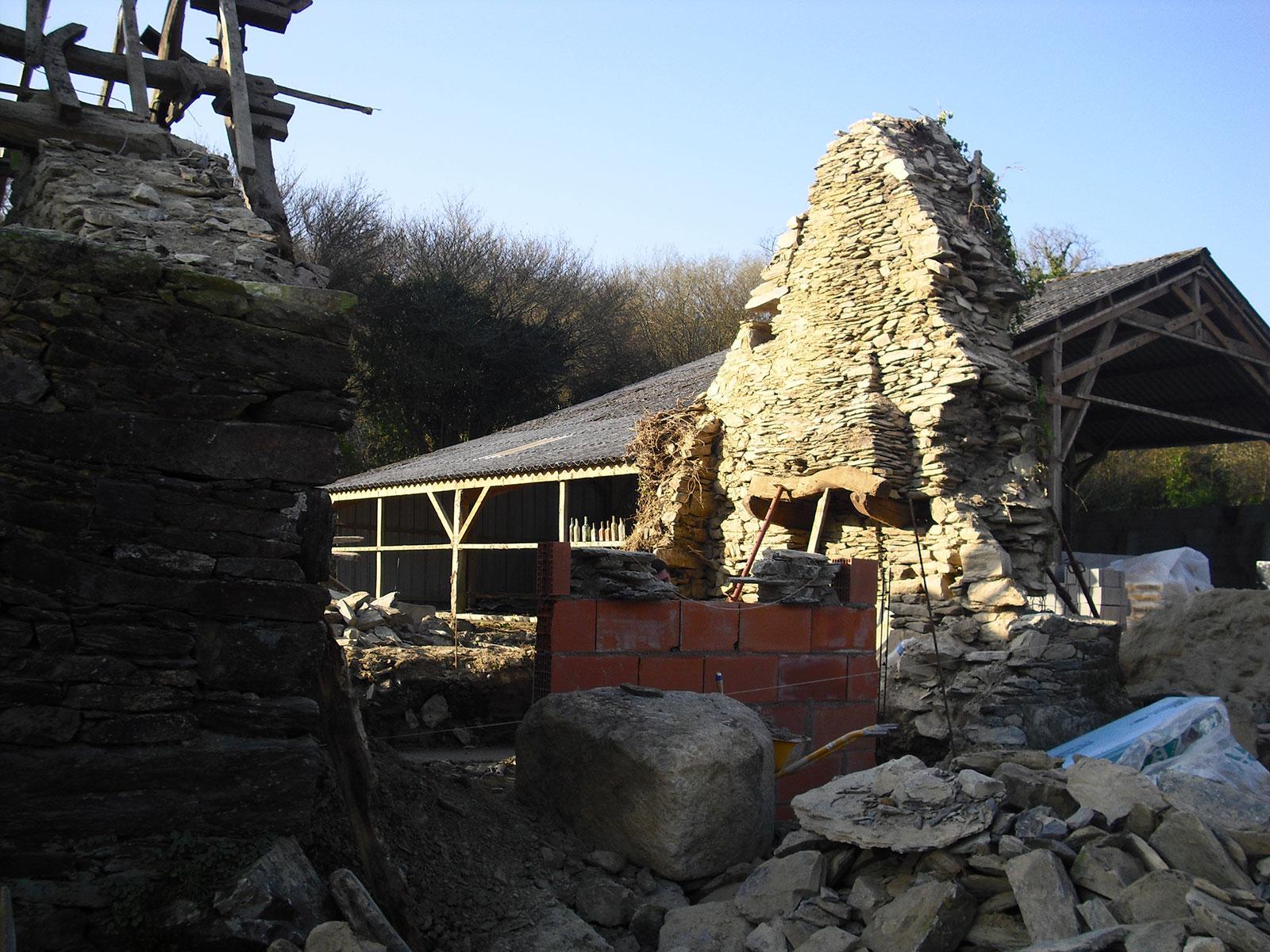 Ma onnerie pierre ext rieure habitation - Maison en pierre seche ...
